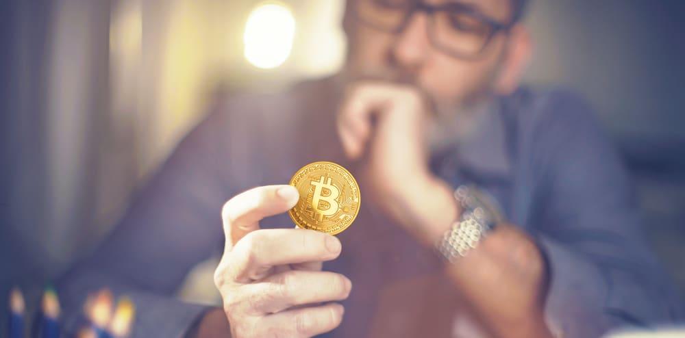 Comment expliquer le Bitcoin simplement?